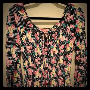 Betsy Johnson floral design blouse